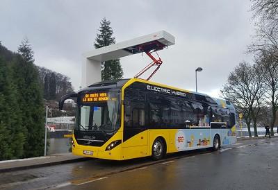 La commande de Volvo Bus pour la Belgique est l'une des plus importantes dans le domaine des véhicules hybrides électriques (photo X D.R.)