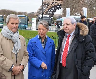 Elisabeth Borne lors de la présentation des bus électriques à Paris dans le cadre du projet Bus 2025 (parc 100 % écologique en 2025) Photo FG