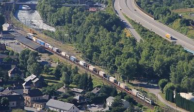 L'autoroute ferroviaire relie  Aiton-Bourgneuf dans la vallée de la Maurienne (Savoie) et Orbassano (banlieue de Turin) soit 175 km (photo X D.R.)