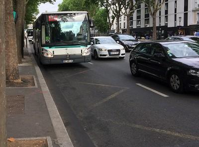 Selon un sondage Ifop, les Français jugent urgent d'améliorer les transports au quotidien souvent paralysés par des pannes ou des bouchons (photo Gilbert).