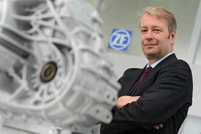 Stefan Sommer a dirigé ZF pendant cinq ans.  Il était un <i>«&nbspvisionnaire&nbsp»</i> estiment les membres du conseil d'administration de ZF.