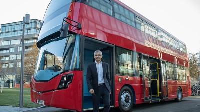 Le père du maire de Londres, Sadiq Khan, est conducteur de bus londonien.