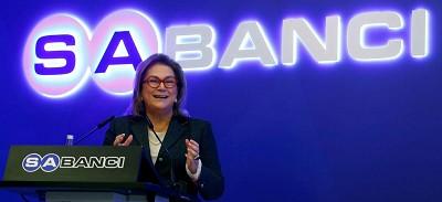 Güler Sabanci, PDG de Sabanci Holding et puissante femme d'affaires en Turquie, serait à la manoeuvre pour reprendre Temsa en grosses difficultés financières.