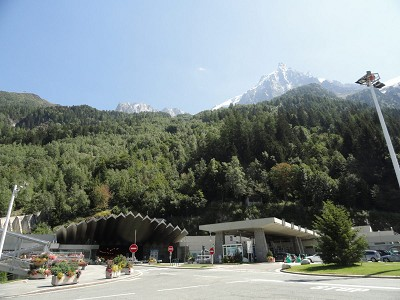 resize Mont Blanc Tunnel French Side
