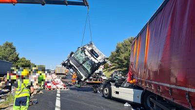 Seul un routier a été blessé... Un vrai miracle.